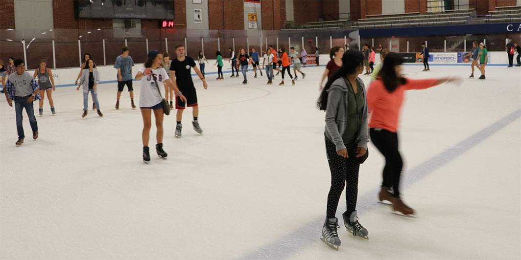 ice-skating-welcome-week-2016