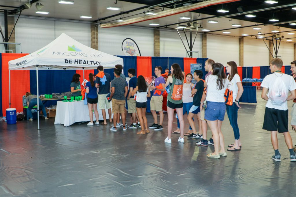 Students waiting in line for free swag at the 2017 Illini Frenzy.